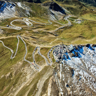 Grossglockner / Road crossing the Alps / near Heiligenblut / Carinthia