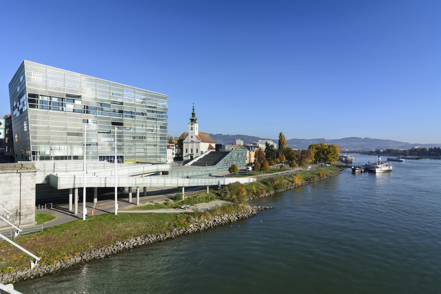 Linz - Ars Electronica Center