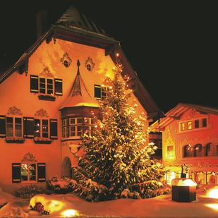 ... St. Gilgen Christmas Tree At Night