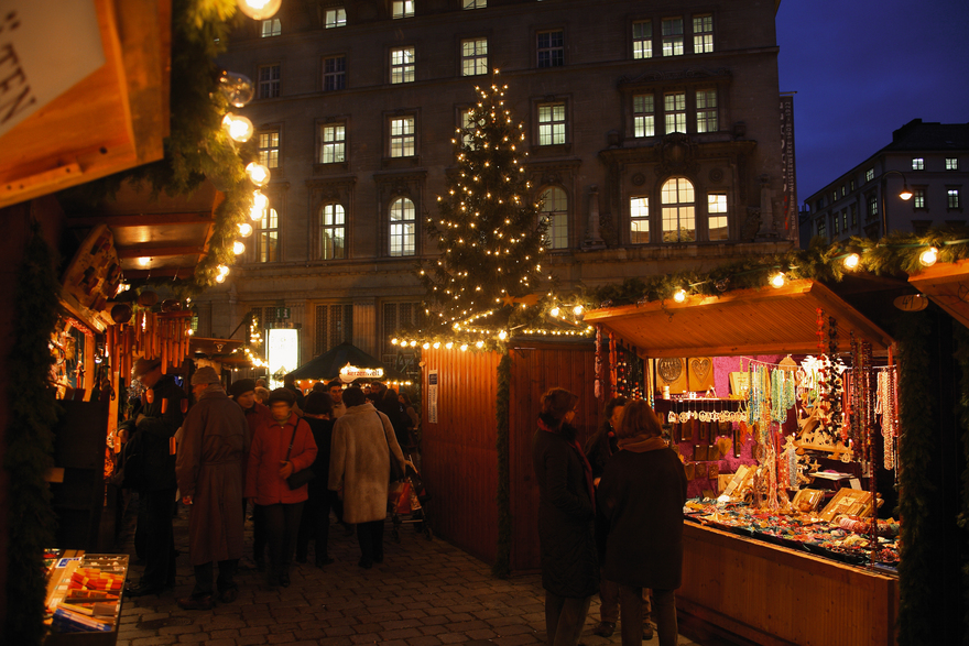 Christmas market at the Freyung - Square in Vienna