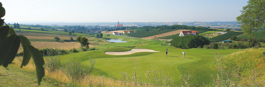 Golfing near Poysdorf / Lower Austria