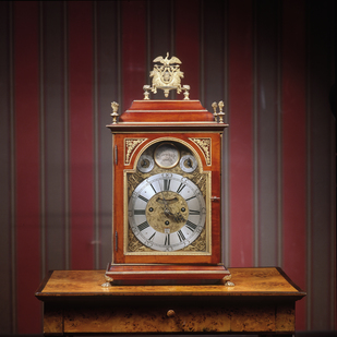 Biedermeier clock